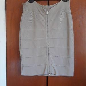 Bcbg maxazria bandage skirt size L